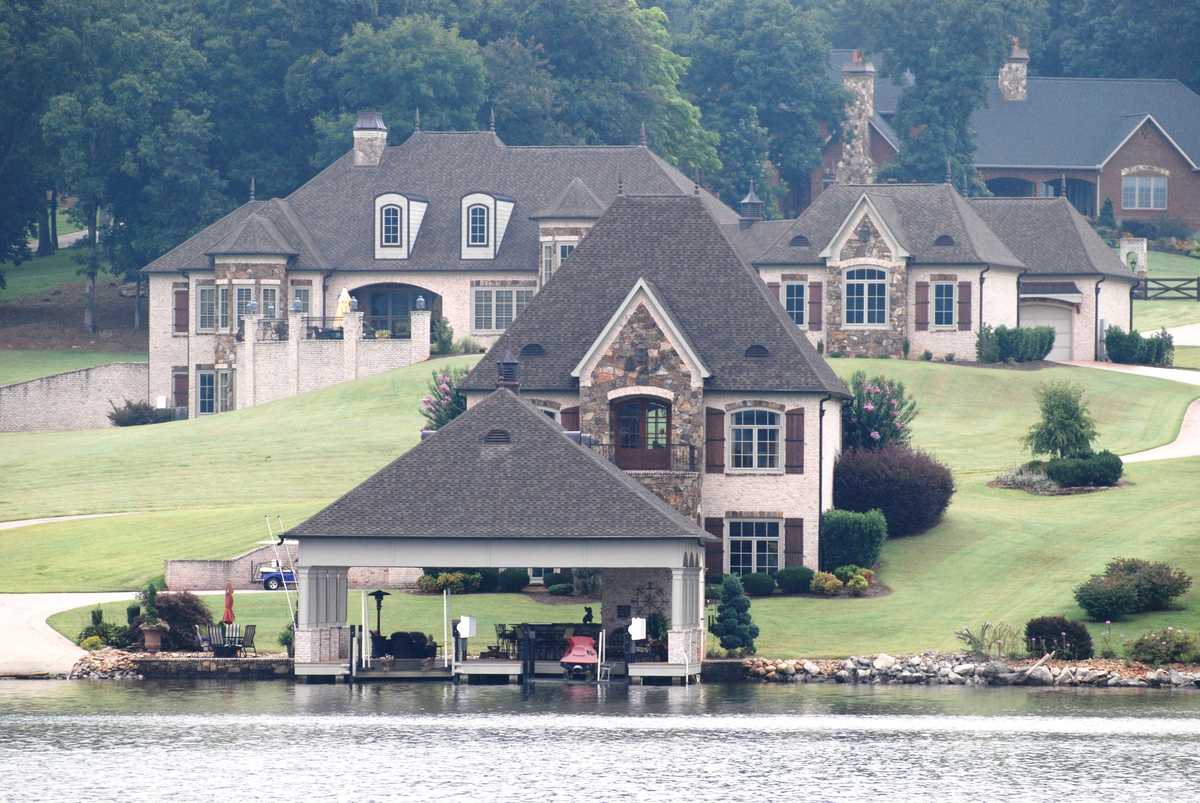 Cruising the tennessee river for Home builders in tennessee